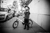Bouclettes et bicyclette